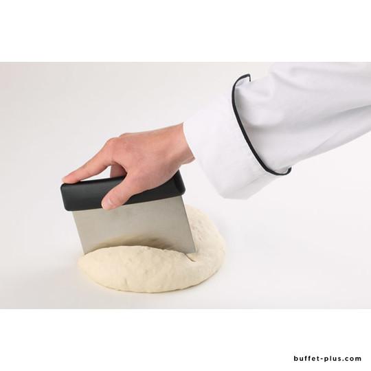 Coupe-pâte lame rigide